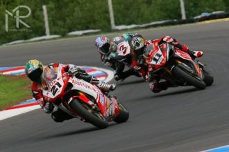 Definitivní kalendář superbiků 2009