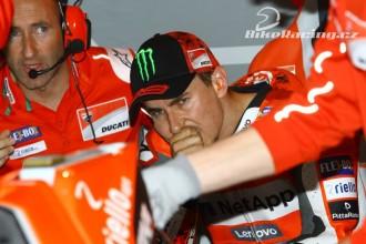 Lorenzo kritizuje letošní Ducati