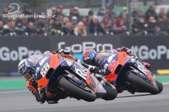 Oba jezdci Red Bull KTM Tech3 na bodech