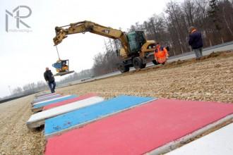 Oprava závodní dráhy probíhá dle harmonogramu