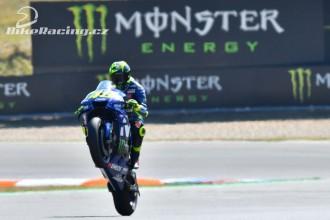 Rossi čtvrtý, Vinales závod nedokončil