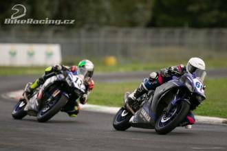 Dunlop dodavatelem Yamaha R3 bLU cRU