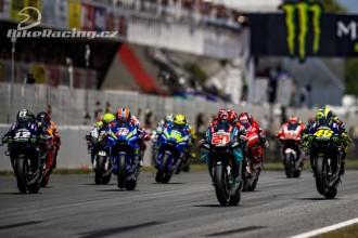 Vinales a Rossi ve společné havárii