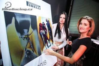 Kalendář Pirelli 2018 přinesl 205 tisíc