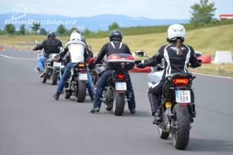 Bezplatný kurz přilákal přes 200 motorkářů