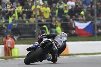 Rossi a Dixon předposlední a poslední místo