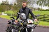 Jonathan Rea získal řidičák na motorku