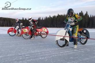 Čeští ledaři se ve Švédsku dostali na led