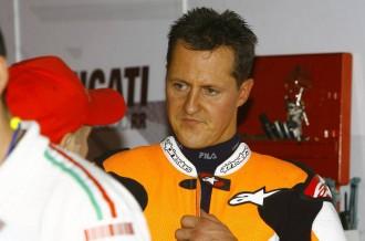 SENZACE! Schumacher závodil na motorce!