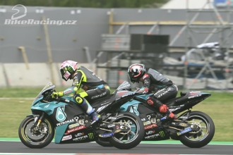 Rossi prožil předposlední domácí závod