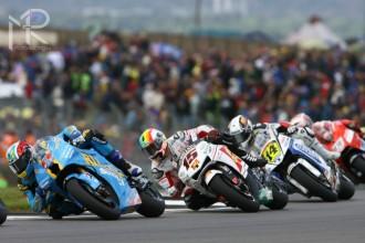Oba jezdci Suzuki na bodech