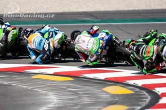 Piloti Smrž Racing v Barceloně nebodovali