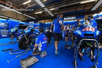 Suzuki míří za obhajobou