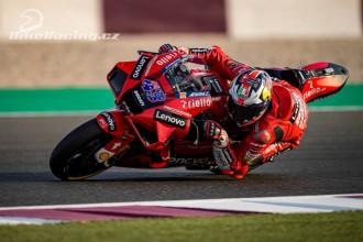 U Ducati hodnotí 1. den testů