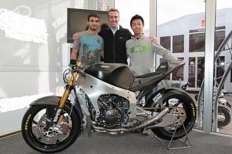 Tech 3 v Moto2 s Takahashim a de Rosou