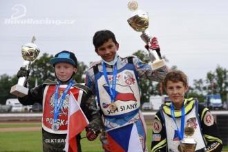 Adam Bednář vítězem Evropy 125cc