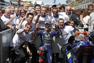 Vinales vyhrál, Rossi out