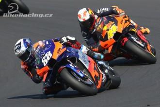 Oba jezdci Tech3 na bodech