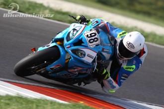 Hanika dnes nejrychlejším superbikerem