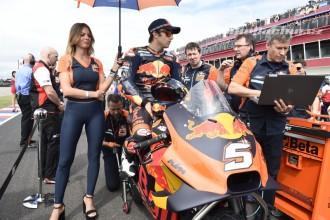 Oba jezdci KTM na bodech