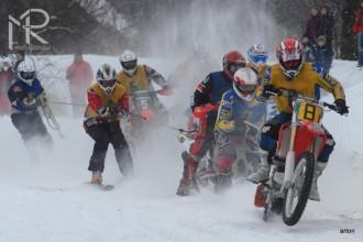 Fotogalerie z MČR v motoskijöringu - Nekoř