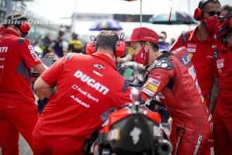 Andrea Dovizioso stále v čele MotoGP