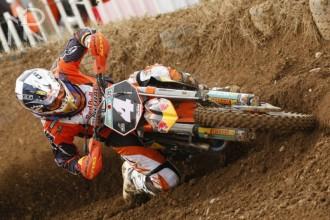 Jezdci továrny KTM ovládli kategorii MX2